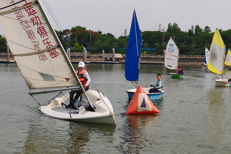 帆船夏令营——红色营
